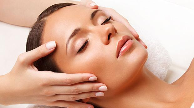MEHTA MASSAGE A NATURAL FACELIFT