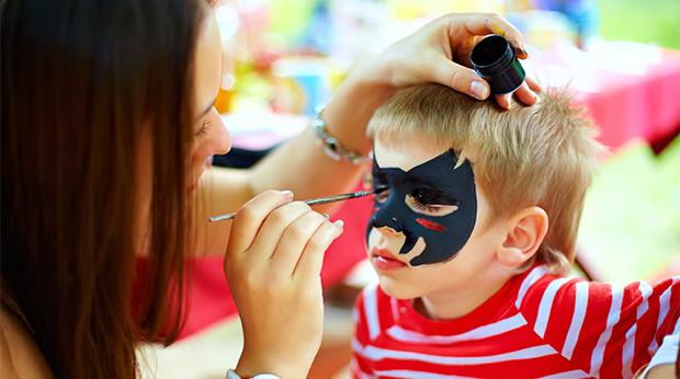 Toxic Chemicals in Halloween Make-up